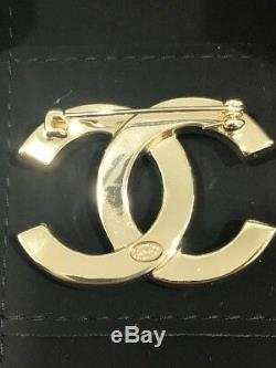 100% Auth 2016 Chanel CC Gold Tone Metal Brooch Pin Swarovski Crystals Small