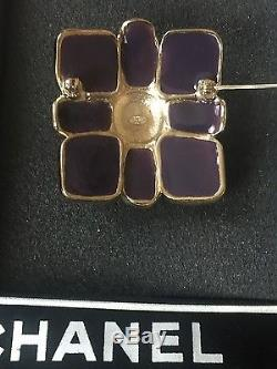 100%Authentic CHANEL gripoix large classic brooch pin purple enamel gold tone