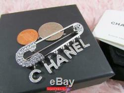 2018 18P CHANEL A98013 Letter Crystal Safety Pin Logo Brooch