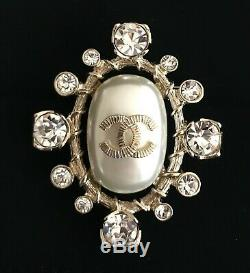 2018 Authentic Chanel Faux Pearl CC Brooch with Rue Cambon Flagship Box