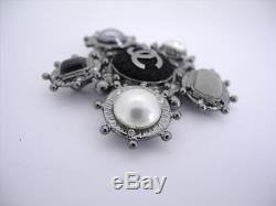 AUTH CHANEL 05A CC IMITATION PEARL/STONE BROOCH WithBOX