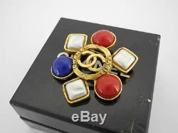 AUTH CHANEL VINTAGE CC IMITATION PEARL MULTI-COLOR STONE BROOCH withBOX