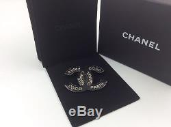 AUTHENTIC CHANEL CC Logo BROOCH black and gold