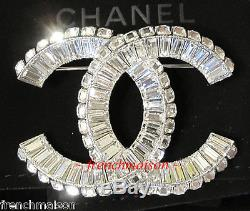 AUTHENTIC CHANEL CC Logo Sparkling Crystal Silver Classic PIN BROOCH Most Wanted