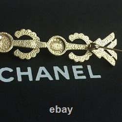 AUTHENTIC CHANEL Pearl & Crystal Gold tone CC LOGO Brooch Pin