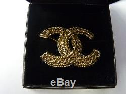Authentic Chanel Vintage CC Logos Brooch Pin Gold-tone Corsage France A156