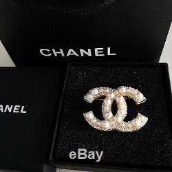 Auth Chanel Large CC Logo Anniversary White Pearl Brooch 18k Gold Pin Classic