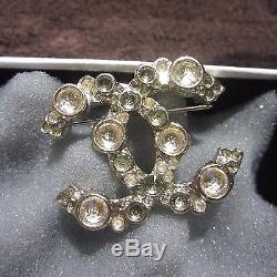 Auth. Nwot Chanel Brooch Pin Gold With Gold Individual Stones
