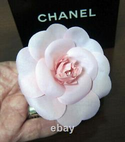 Auth. XL CHANEL PINK Camellia Flower with Box brooch/pin