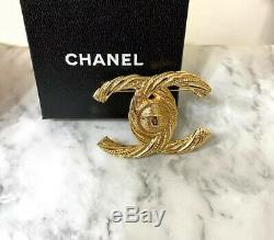Authentic CHANEL Gold Rope Twist CC Button Circle Brooch Pin Hallmark Stamp