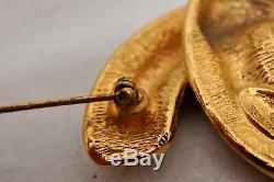 Authentic CHANEL Logo Pin Brooch Gold Plating 93608