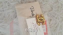 Authentic CHANEL Vintage CC Logo Brooch Gold-Tone