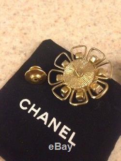 Authentic Chanel Bijou Broach Pin Pearl Crystals Gold Tone Original Owner