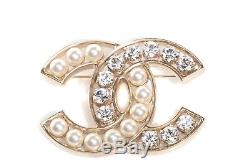 Authentic Chanel Brooch 2015 Pearl and Crystal CC PIN Brand New Gold sold out