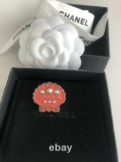 Authentic Chanel Coco Cuba Pink Seashell Brooch/pin