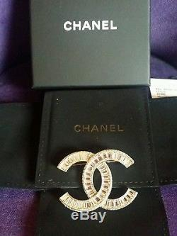 Authentic NWT Chanel CC Logo Crystal Brooch/Pin/Pendant 2016, Light-Gold