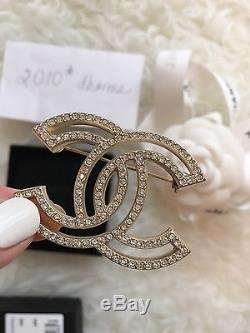 Authentic NWT Chanel Gold Crystal Brooch Pin CC Winter 2015 16C