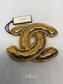 Authentic Vintage CHANEL CC Logo Pin/Brooch