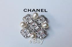 CHANEL 2008 Square silver plated brooch with pearls and wide rhinestones