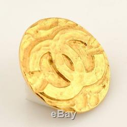 CHANEL AUTH Vintage Gold Tone CC Logo Round Circle Corsage COCO Pin Brooch Badge