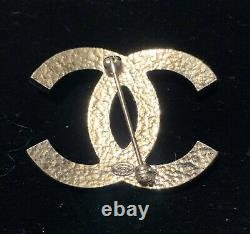 CHANEL Brooch Coco Mark Faux Pearl Silver Tone Metal With Box Stamped Auth