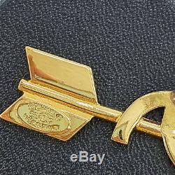 CHANEL CC Heart Arrow Pin Brooch Gold-Tone 93 P France Vintage Authentic #JJ942