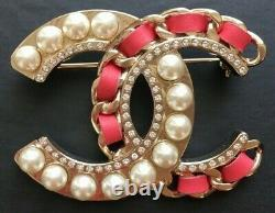 CHANEL CC LOGO PEARLS CRYSTALS PINK LEATHER BROOCH PIN LARGE Sz 2 x 1.5