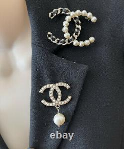CHANEL CC LOGO PEARLS DROP GOLD TONE METAL BROOCH PIN Made in France