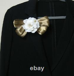 CHANEL CC logo Brooch Pin White Camellia Large