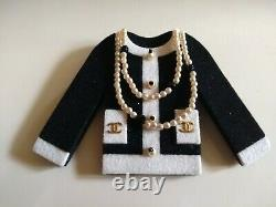CHANEL Collectors! Vintage black and white Chanel Jacket brooch, In Box