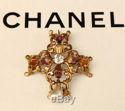 CHANEL GOOSSENS 1950/60's Magnificent collector brooch / pendant in gold metal