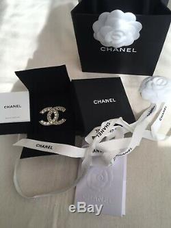 CHANEL Limited Edition 2020 Pearl Crystal CC XL Brooch Gold Pearly White