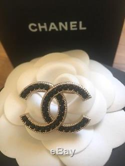 CHANEL Onyx & Gold Small CC Brooch CC Pin Limited Edition Brand New Harrods
