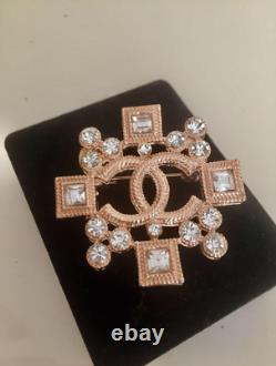CHANEL Vintage Gold Plated CC Logo Brooch (With Marking) Authentic