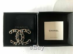 Chanel 19v Lambskin Leather Brooch XL Authentic New CC Logo Gold-tone