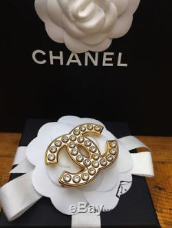 Chanel 2017 Crystal & Gold X Large CC Brooch CC Pin New Harrods A1