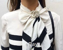 Chanel Authentic CC Logo Pearl Brooch Pin