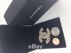 Chanel Authentic Pearl Brooch Brooch
