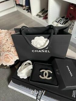 Chanel Authentic brooch iconic CC RARE