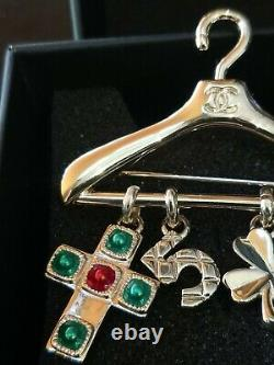 Chanel Brooch Authentic Large
