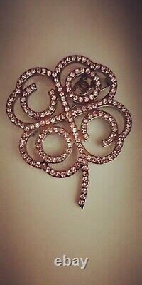 Chanel Brooch Authentic with receipt