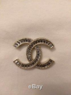 Chanel Brooch Fall 16' Mint Condition