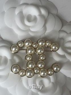 Chanel CC Pearl XL Brooch Match With Classic Bag Sold Out As Seen On Rhianna