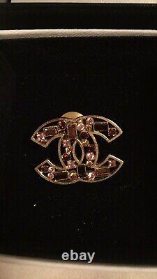 Chanel CC logo Pink Red Crystals Gold Tone Pin Brooch Lapel