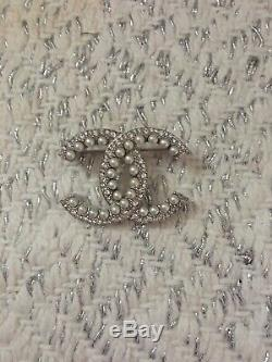 Chanel Cc Brooch With Crystal And Pearl