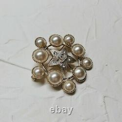 Chanel Fashion Jewelry CC Star Brooch With Pearls & Crystals