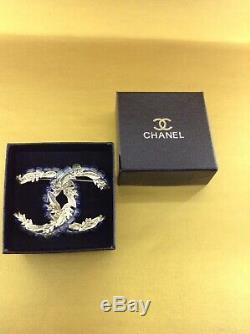 Chanel Gold Vintage Brooch 100% Authentic. Pre-owned. Good Condition