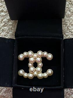 Chanel Large CC Logo Gold Tone Pearl Brooch Pin
