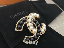 Chanel Large Cabouchon Pearl CC Brooch independent authentication
