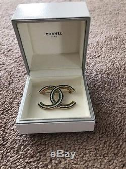 Chanel Spring Summer 17 V 2017 Rhinestone Brooch CC Authentic Crystal Gold